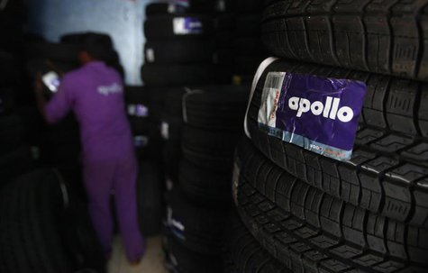 An employee works inside the warehouse at the Apollo Super Zone showroom in Mumbai October 8, 2013. REUTERS/Danish Siddiqui