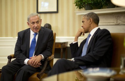 U.S. President Barack Obama meets with Israeli Prime Minister Benjamin Netanyahu (L) in the Oval Office of the White House in Washington, Se