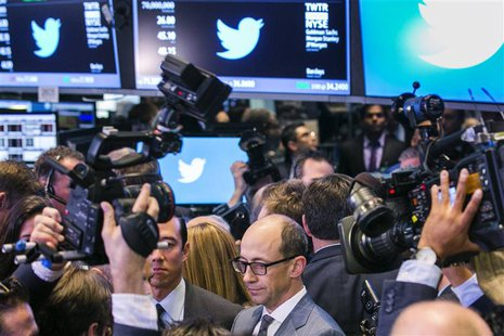 Twitter CEO Dick Costolo is interviewed after the Twitter Inc. IPO on the floor of the New York Stock Exchange in New York, November 7, 2013