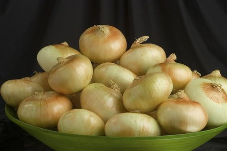 Vidalia onions are pictured in this undated handout photo released to Reuters on November 8, 2013. REUTERS/Vidalia Onion Comittee/Handout vi