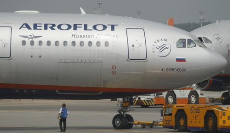 An Aeroflot Airbus A330 plane heading to the Cuban capital Havana is taxied at Moscow's Sheremetyevo airport June 27, 2013. REUTERS/Alexande
