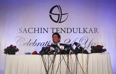 Indian cricket player Sachin Tendulkar speaks during a news conference a day after his retirement in Mumbai November 17, 2013. Tendulkar wil