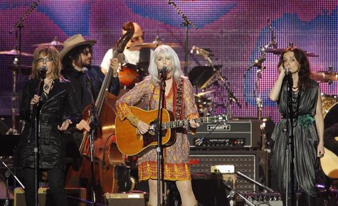 "Lucinda Williams (L), Emmylou Harris (C) and Patty Griffin perform ""Comes A Time"" at the 2010 MusiCares Person of the Year tribute honoring"