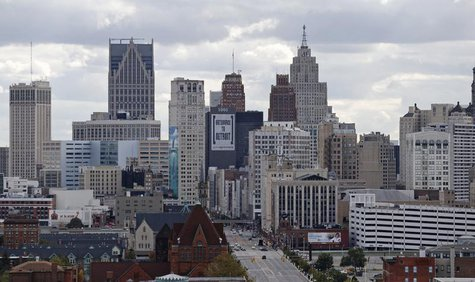The skyline of Detroit is seen looking south from the midtown area in Detroit, Michigan October 23, 2013. REUTERS/Rebecca Cook