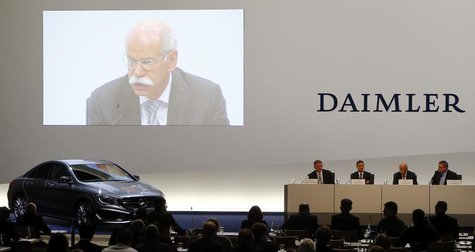 Daimler AG Chief Executive Dieter Zetsche is seen on a screen during the company's annual news conference in Stuttgart February 7, 2013. REU
