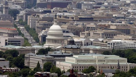 The skyline of Washington DC looking at the U.S. Capitol and Pennsylvania Avenue, May 22, 2009. REUTERS/Larry Downing
