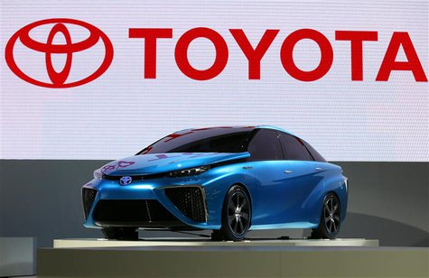 Toyota Motor Corp's FCV concept car is seen at the 43rd Tokyo Motor Show in Tokyo November 20, 2013. REUTERS/Toru Hanai