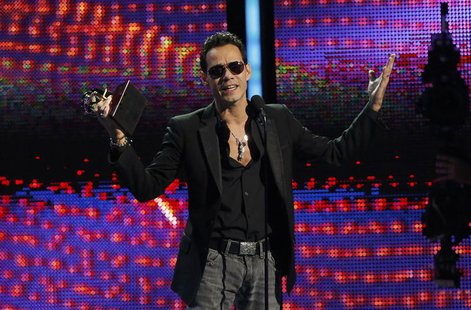 "Marc Anthony accepts the award for record of the year for ""Vivir Mi Vida"" onstage during the 14th Latin Grammy Awards in Las Vegas, Nevada N"