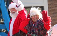 See the Faces of the Blustery Green Bay Holiday Parade 2013 with WTAQ 29