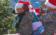 See the Faces of the Blustery Green Bay Holiday Parade 2013 with WTAQ 7