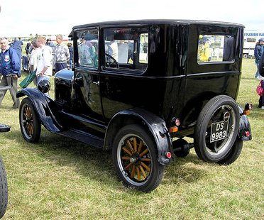 "Model ""T"" Ford (Photo from: Wikimedia Commons)."