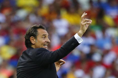 Italy's coach Cesare Prandelli gestures during their Confederations Cup semi-final soccer match against Spain at the Estadio Castelao in For