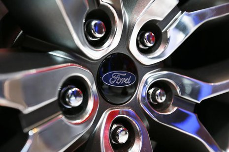 Ford Edge Concept vehicle rim hub is pictured at the 2013 Los Angeles Auto Show in Los Angeles, California November 20, 2013. REUTERS/Mike B