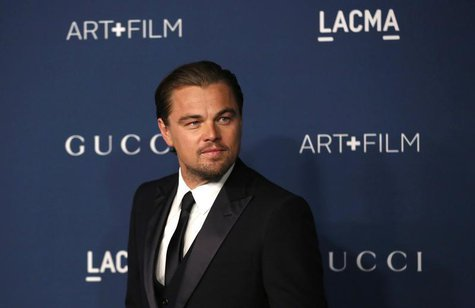 Actor Leonardo DiCaprio poses at the Los Angeles County Museum of Art (LACMA) 2013 Art+Film Gala in Los Angeles, California November 2, 2013