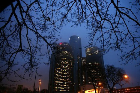 The GM headquarters is seen in downtown Detroit, Michigan December 9, 2008. REUTERS/Carlos Barria