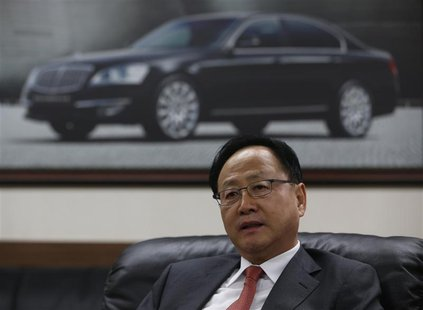 Lee Yoo-il, President and CEO of Ssangyong Motor Co, speaks during an interview with Reuters at his office in Seoul December 10, 2013. REUTE