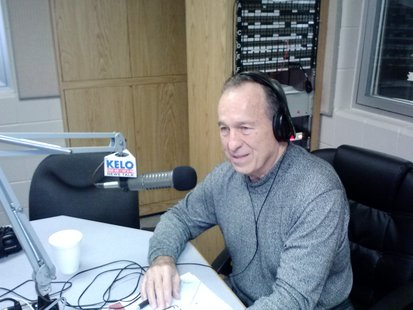 Dr. Jerry Walton has hosted Medical Line on Sioux Falls radio for 33 years. The show has aired on KELO Radio for the past 13 years.
