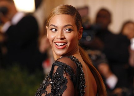 "Singer Beyonce arrives at the Metropolitan Museum of Art Costume Institute Benefit celebrating the opening of the ""Schiaparelli and Prada: I"