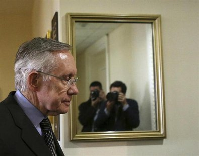 Senate Majority Leader Harry Reid (D-NV) arrives at a press conference on Capitol Hill in Washington November 21, 2013. REUTERS/Gary Cameron