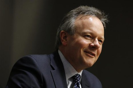 Bank of Canada Governor Stephen Poloz speaks during an interview with Reuters in Ottawa December 17, 2013. REUTERS/Chris Wattie