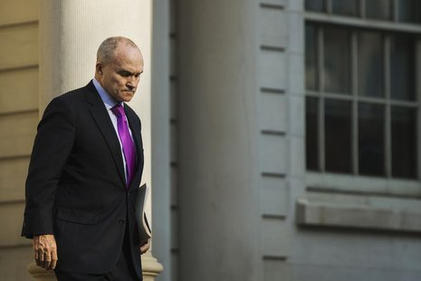 New York City Police Department commissioner Ray Kelly departs City Hall in New York December 19, 2013. REUTERS/Lucas Jackson