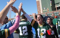 Our 60 Favorite Green & Gold Fan Shots of the 2013 Season 19