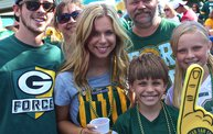 Our 60 Favorite Green & Gold Fan Shots of the 2013 Season 24