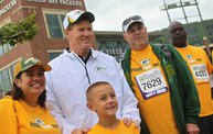 Our 60 Favorite Green & Gold Fan Shots of the 2013 Season 22