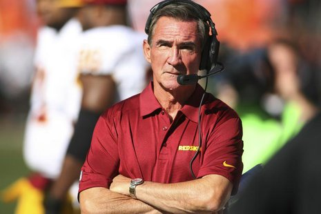 Oct 27, 2013; Denver, CO, USA; Washington Redskins head coach Mike Shanahan on the sidelines during the first half against the Denver Bronco