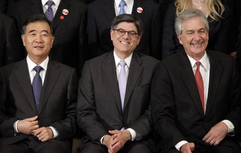 Chinese Vice Premier Wang Yang (L-R), U.S. Treasury Secretary Jack Lew and Deputy Secretary of State Bill Burns participate in the family ph