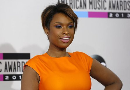 Singer Jennifer Hudson arrives at the 41st American Music Awards in Los Angeles, California November 24, 2013. REUTERS/Mario Anzuoni
