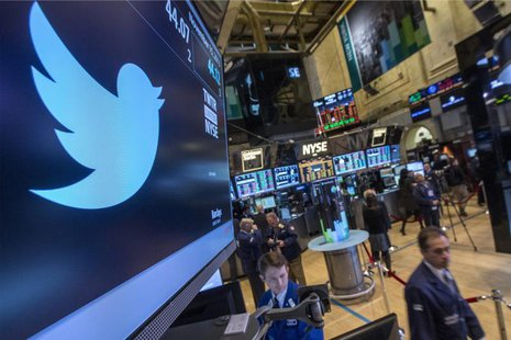The Twitter symbol is displayed at the post where the stock is traded on the floor of the New York Stock Exchange, November 15, 2013. REUTER