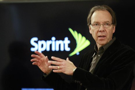 Sprint Corp's CEO Dan Hesse speaks to guests and members of the media after a tour of Sprint's laboratory in Burlingame, California, October