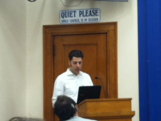 Collin Kachel addresses aldermen