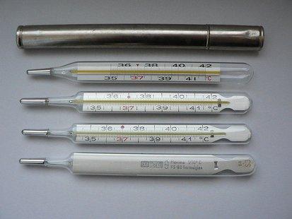 Mercury Thermometers  By Zwager (Own work) [Public domain], via Wikimedia Commons