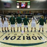 Green Bay Womens basketball team before game.  Courtesy: Green Bay Athletics