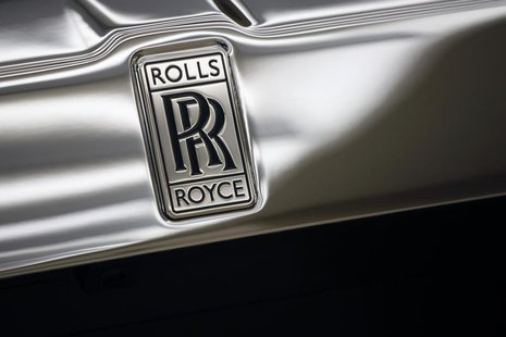 "The Rolls-Royce logo is pictured on a Rolls-Royce ""Phantom"" car at a Rolls-Royce showroom in Hong Kong January 11, 2012. REUTERS/Tyrone Siu"