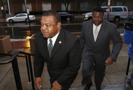 Trenton New Jersey Mayor Tony Mack (L) and his brother Ralphiel Mack arrive at United States Court in Trenton, New Jersey, January 6, 2014.