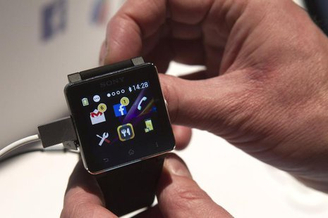 A Sony SmartWatch2 is displayed during the 2014 International Consumer Electronics Show (CES) in Las Vegas, Nevada, January 7, 2014.REUTERS/