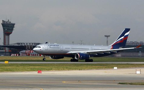 An Aeroflot Airbus A330 plane heading to the Cuban capital Havana takes off from Moscow's Sheremetyevo airport July 6, 2013.REUTERS/Maxim Sh