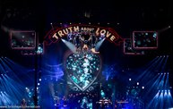 P!nk at the Fargodome (2014-01-11) 1