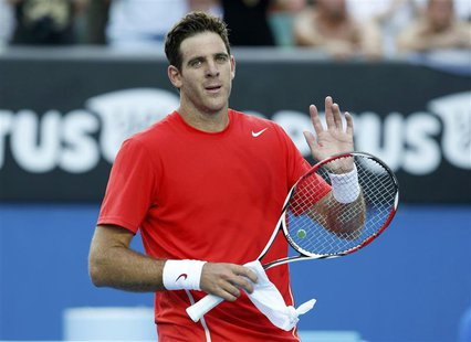 Juan Martin Del Potro of Argentina acknowledges the crowd after defeating Rhyne Williams of the United States in their men's singles match a