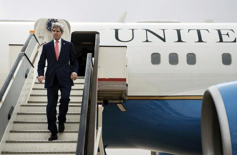 U.S. Secretary of State John Kerry arrives at Queen Alia International Airport in the Jordanian capital Amman January 5, 2014. REUTERS/Brend