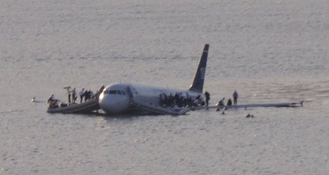 U.S. Airways Flight 1549 in the Hudson River 1/15/09  Photo: Wikipedia
