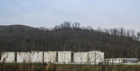 Freedom Industries is pictured in Charleston, West Virginia, January 10, 2014. REUTERS/Lisa Hechesky