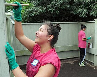 "Hope students volunteering in the community during a ""Time to Serve."" (photo courtesy Hope College)"
