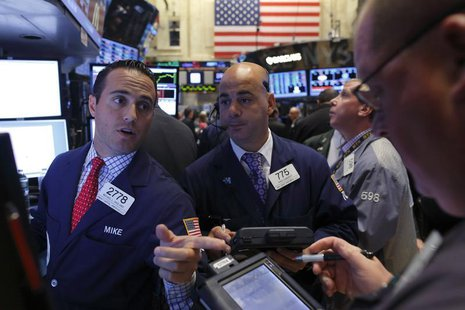 Traders work on the floor of the New York Stock Exchange, September 12, 2013. REUTERS/Brendan McDermid