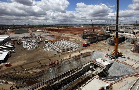 General view of the extensive renovations at Sao Paulo International airport in Guarulhos September 25, 2013. REUTERS/Paulo Whitaker