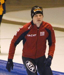 Tucker Fredricks at a world cup speedskating in Heerenveen, the Netherlands. (Photo from McSmit/Creative Commons)