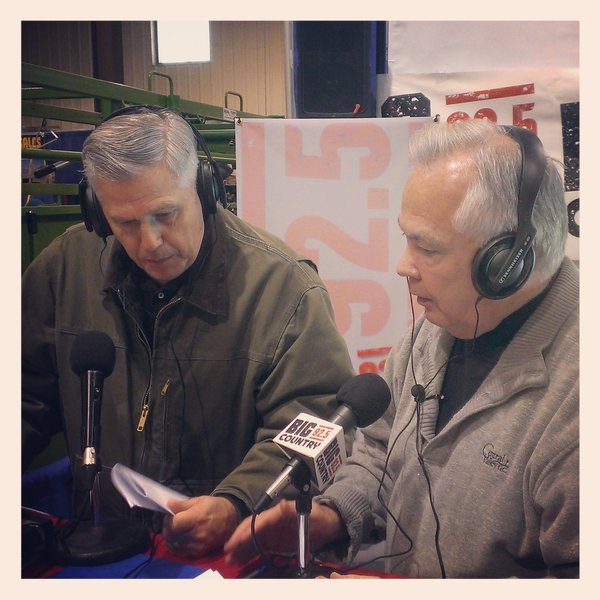 Bill Zortman with guest live during The Farm Show